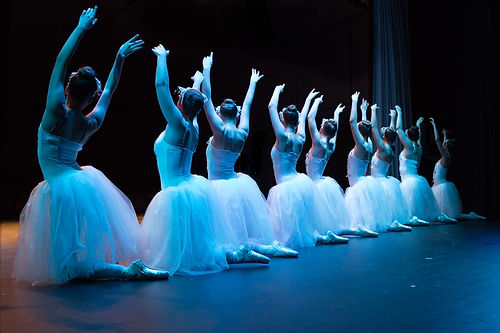 Glenbrook Ballet Theatre Ballerinas