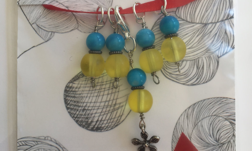 Spring Flower Yellow-Blue Stitch markers