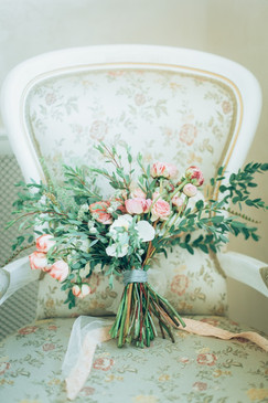 rustic-bouquet-picture-id499620940.jpg