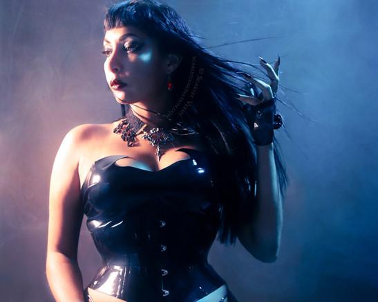 October picture of dominatrix or mistress in austin Scarlet Vexus