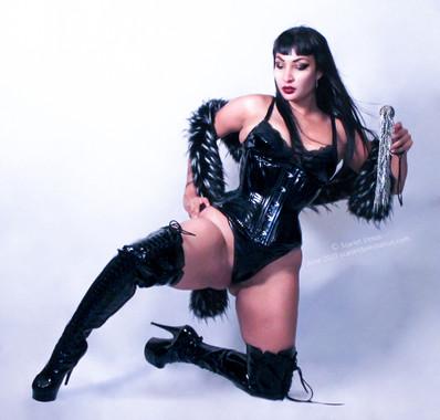 Mistress Scarlet Vexus An Austin Dominatrix Femdom Artisan BDSM and kink professional