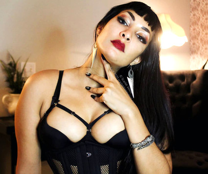 Mistress Scarlet Vexus