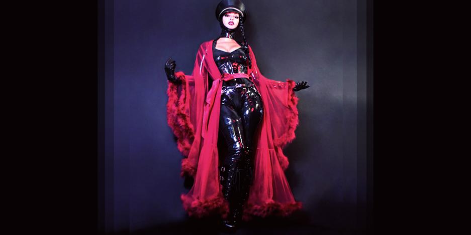 Austin latex mistress Scarlet vexus in red robe