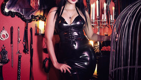 Double Domme Sessions and Referencing