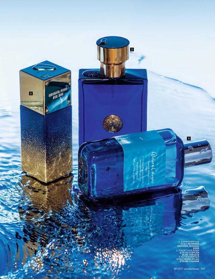 Съемка парфюма на фоне воды для журнала TOPBEAUTY