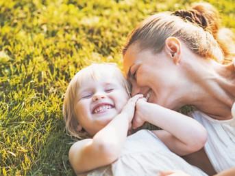 11 façons de montrer à son enfant qu'on l'aime