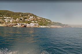 Hôtel village vacances vue mer proche de cannes théoule-sur-mer avec piscine