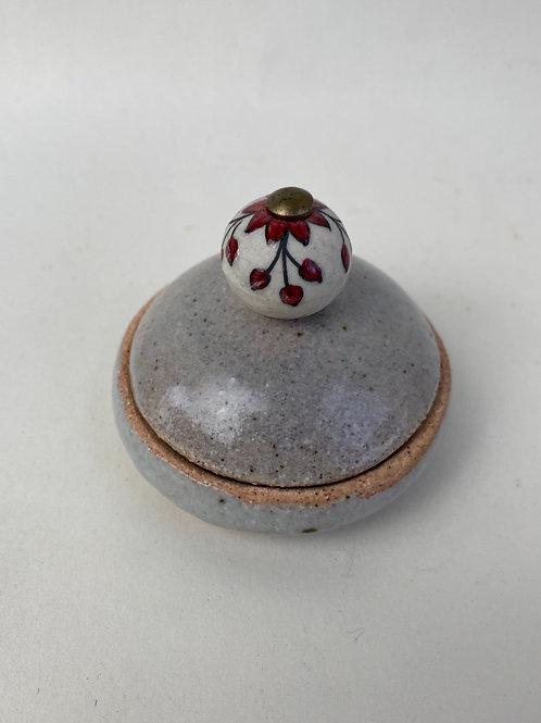 Small knob jar