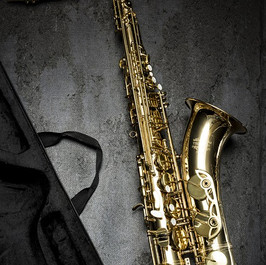 saxophone C001