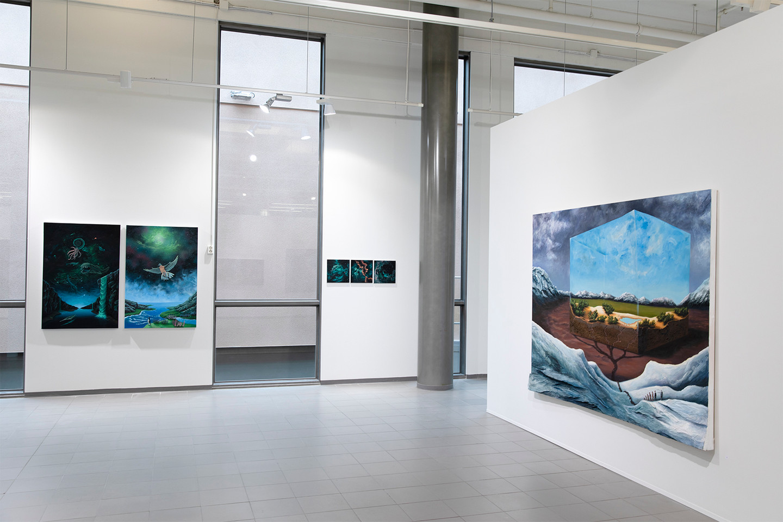 Janne Hokkanen  Egoloogista / Egological  2016. Akryyli ja sekatekniikka kankaalle, 175 x 220 x 14 cm
