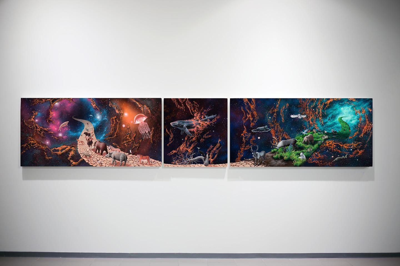 Janne Hokkanen  Viimeinen korpimaa / The Final Frontier  2019. Akryyli, spraymaali ja sekatekniikka kankaalle, 73 x 150 x 8, 73 x 68 x 6, 73 x 151,5 x 6 cm