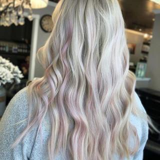 Pretty in Pink 💕_by our _noellesmaneeve