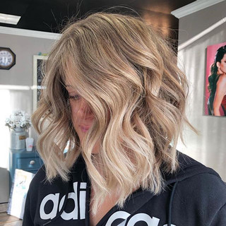 This. 🙌🏻_color, cut & style by our _gm