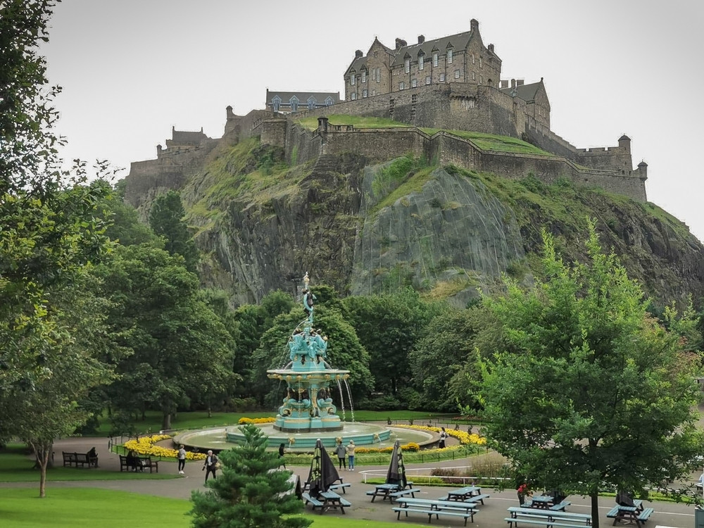 Edinburgh Castle exterior