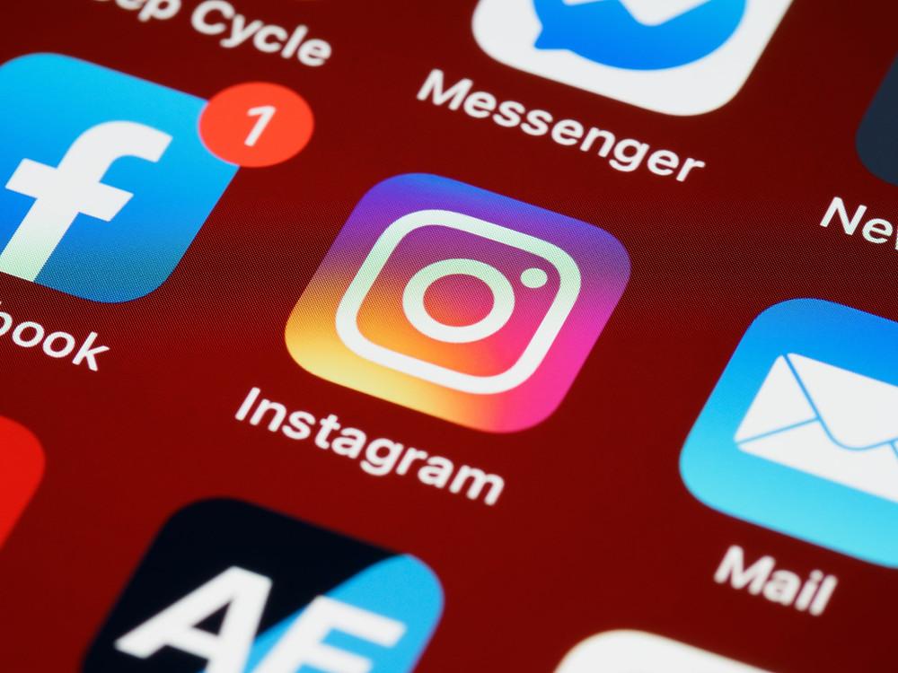 Website Ini Menggunakan Social Media Login untuk Registrasi | WIficolony