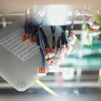 Pro dan Kontra Menggunakan Vendor WiFi Management