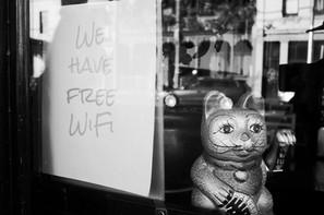 Cara Free WiFi untuk Menarik Pelanggan