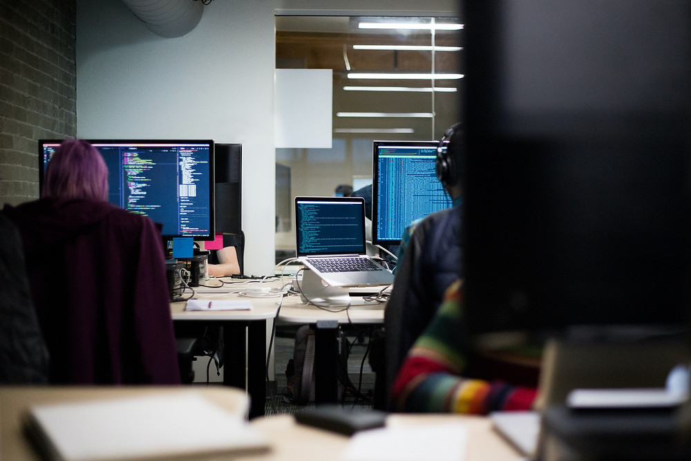 Waspadai Ancaman Peretasan dari Dalam Kantor yang Tidak Disadari | Wificolony