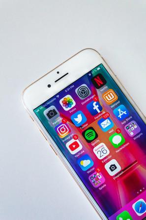 Menggunakan Sosial Media untuk Akses Wifi