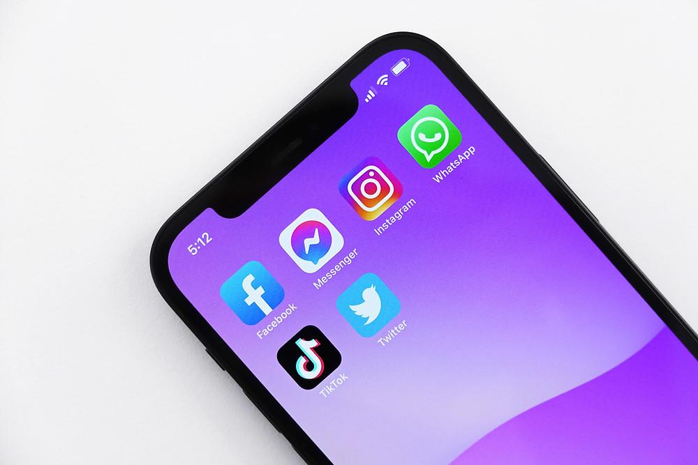 Kelebihan dan Kekurangan Media Sosial untuk Berbagai Kebutuhan Bisnis   Wificolony