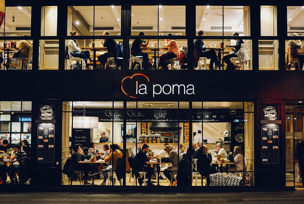 Bagaimana WiFi Management Dapat Meningkatkan Potensi Pendapatan Bisnis Restoran Anda? | Wificolony
