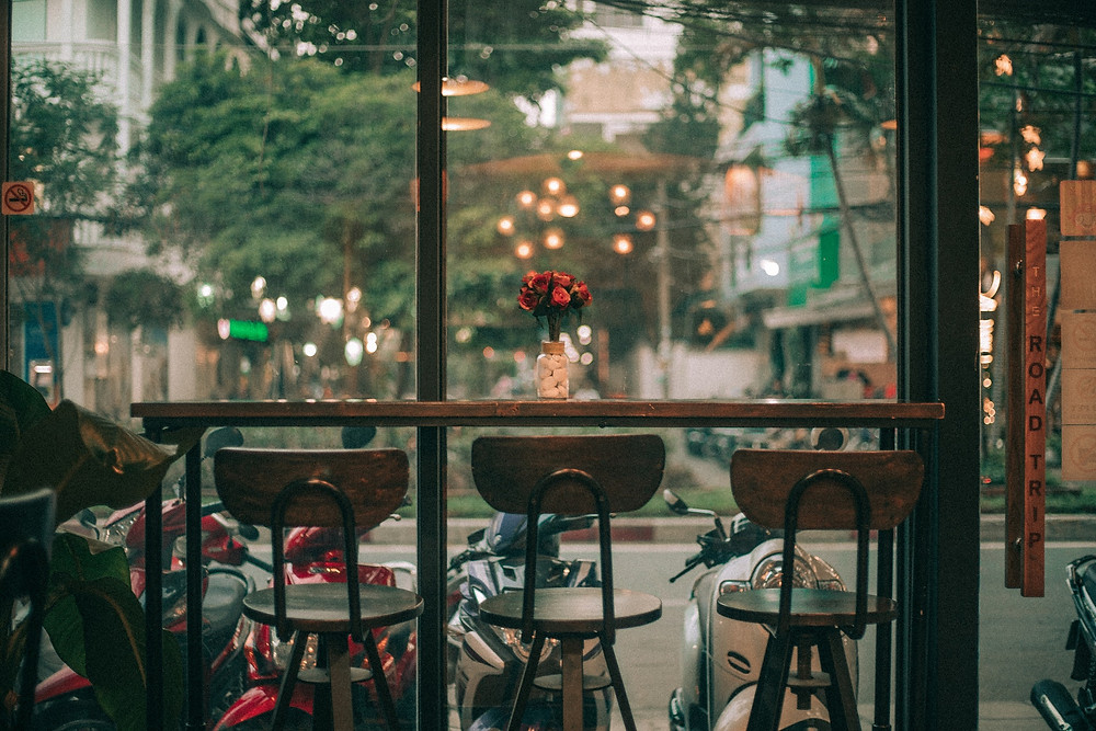 Bisnis Coffee Shop Sederhana Tampil Modern dengan Free WiFi | Wificolony