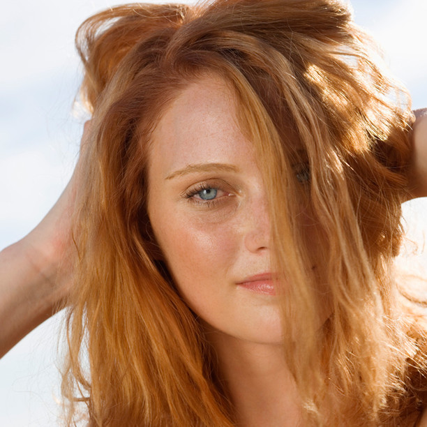 4 WAYS TO ACHIEVE HEATLESS STRAIGHT HAIR.
