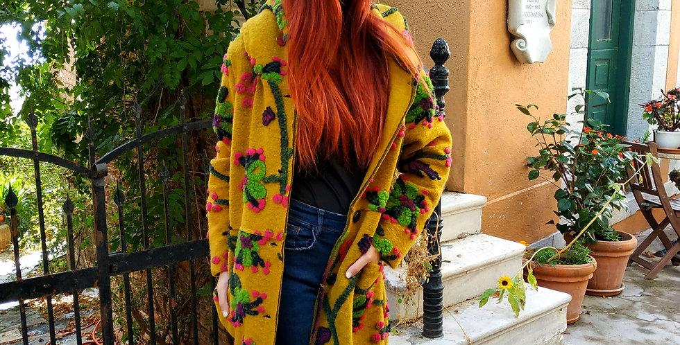Παλτό μάλλινο με κουμπιά μακρύ κίτρινο με φελτ σχέδια