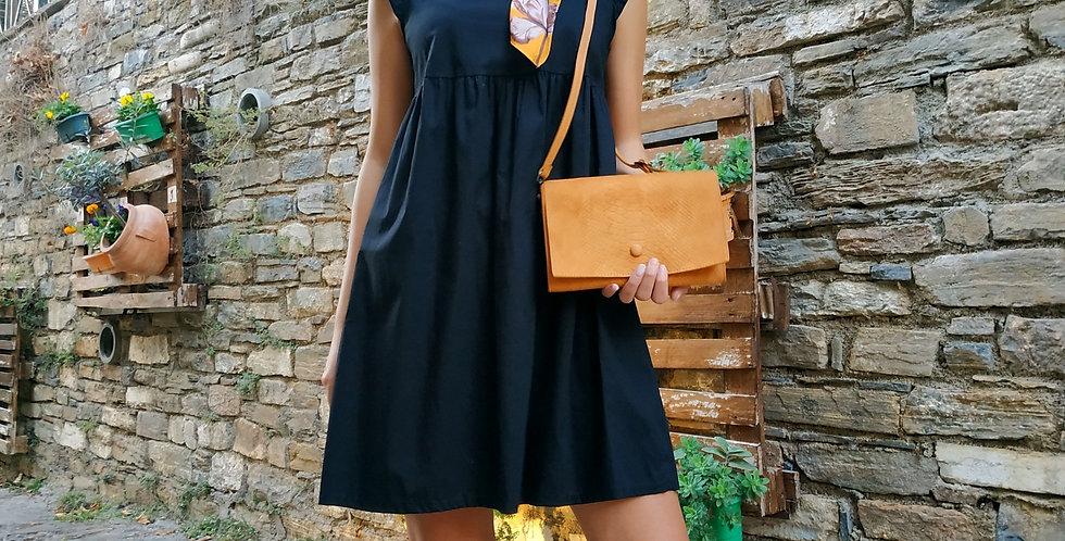 Φόρεμα μαύρο μίνι με σχέδιο στον ώμο