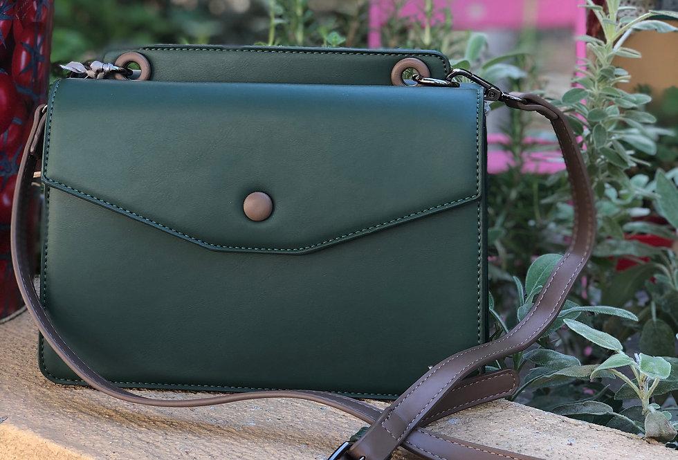 Τσάντα χιαστί κυπαρρισί με σκούρο καφέ vegan leather