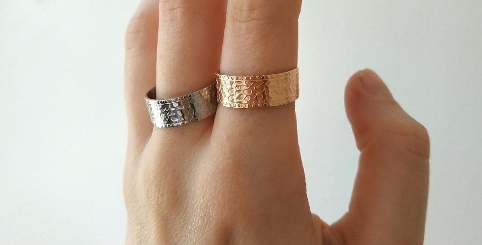 Δαχτυλίδια με τιγρέ σχέδια σε ασημί και ροζ gold