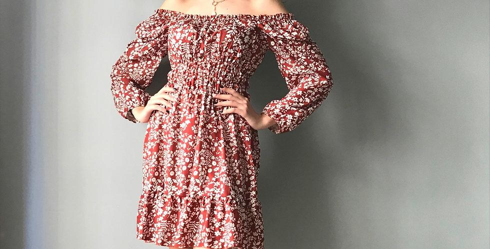 Φόρεμα φλοράλ μακρυμάνικο.