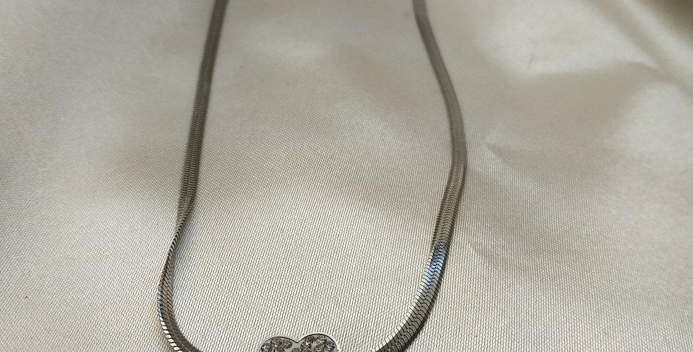Κολιέ αλυσίδα πλακέ και σχέδιο καρδιά με στρας