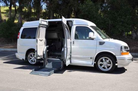 Wheelchair_Conversion_Van.jpg