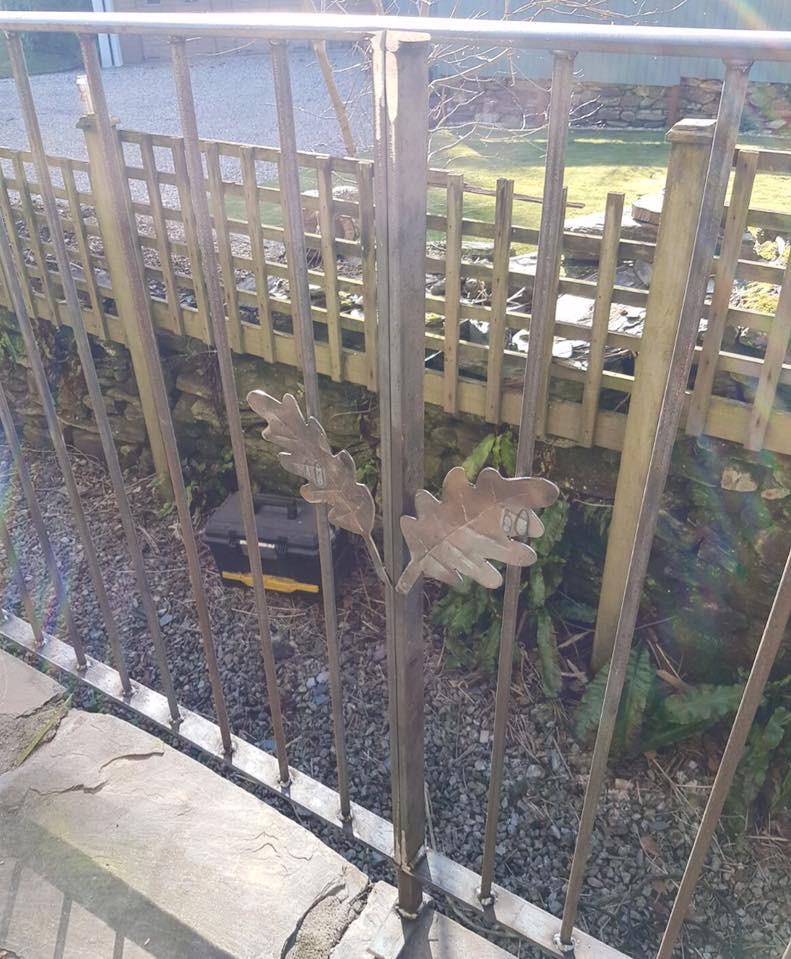 Oak leaf design railings