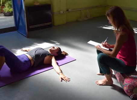Yoga Terapia y Ayurveda.