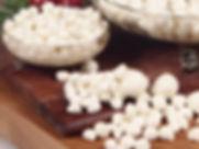 perline bianche di mozzarella