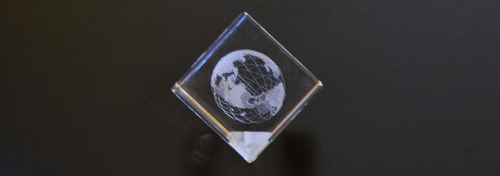 globe_centered.jpg