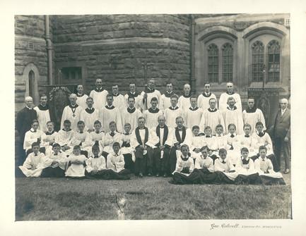 Choir and Servers, 1922