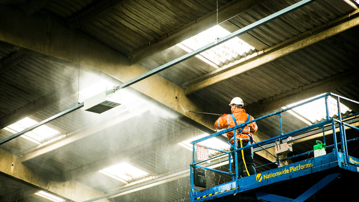 Industrial site high lift cleaning