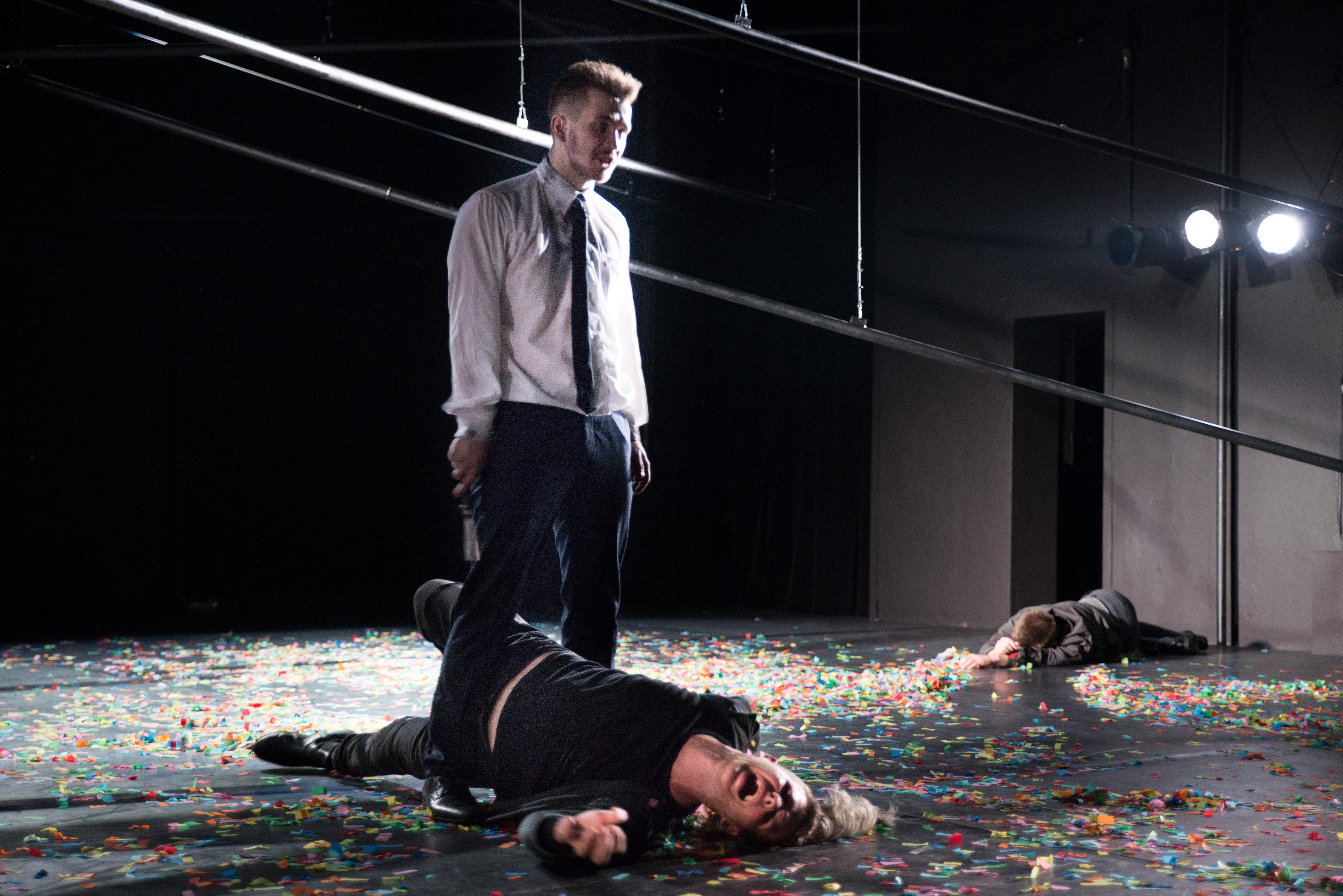Othello, V AKT, Jago i Rodrigo