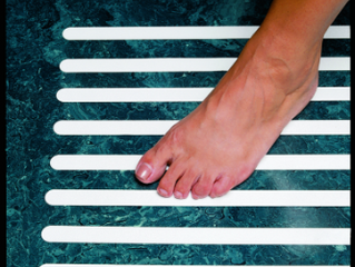 Do you suffer with Arthritis? Here's how to be safe in your bathroom
