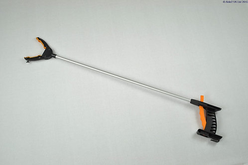 Hand Grip Reacher - 32""