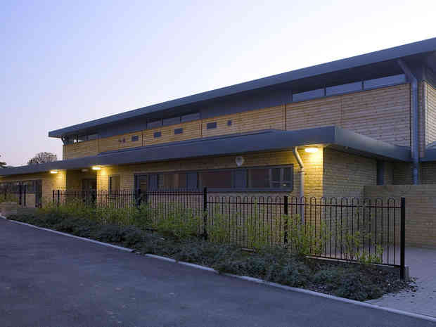 7 Littlegarth Primary Sports Hall 5_edit