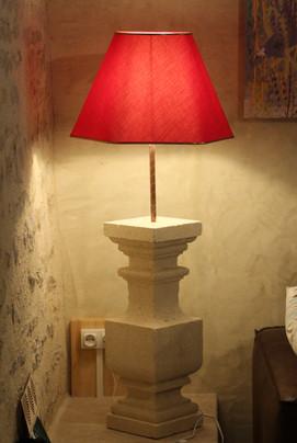 Lampe à partir d'une balustre carrée