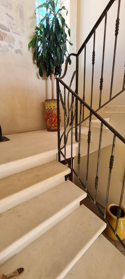 Escalier pierre d'Estaillade