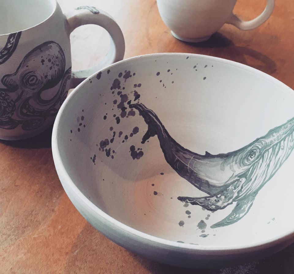 whale porcelain bowl