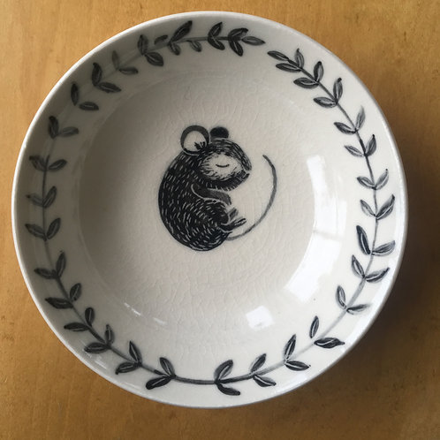 sleeping mouse porcelain bowl