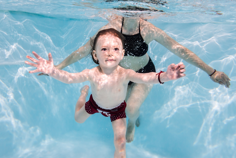 Plavanie deti pod vodou