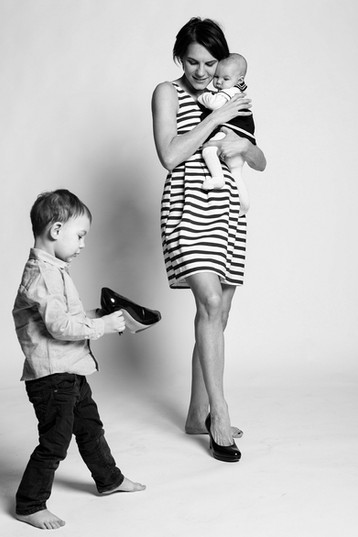 High heels - funny family photoshooting